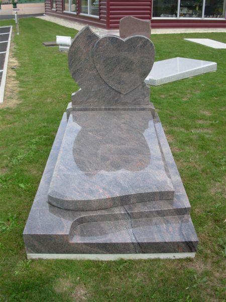 pierre tombale du marbriers funéraires de Vendée